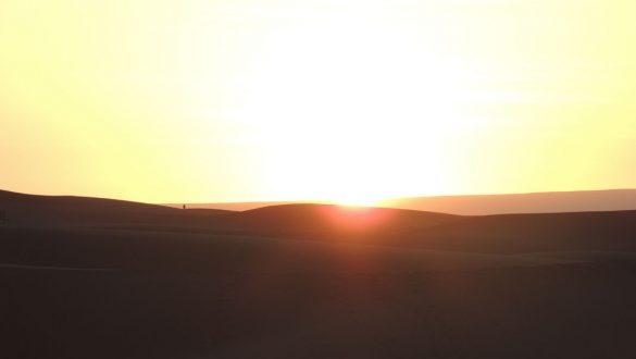 Crescere Girovagado_Marocco_tramonto nel deserto