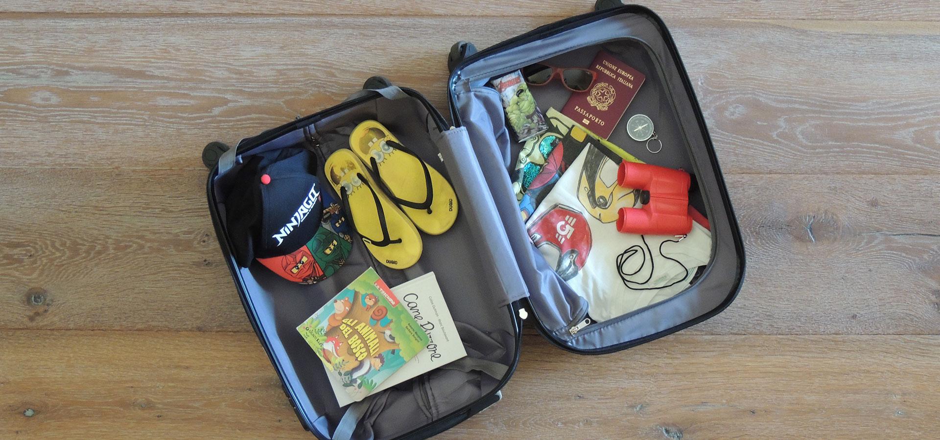 Crescere Girovagando_la valigia del bambino