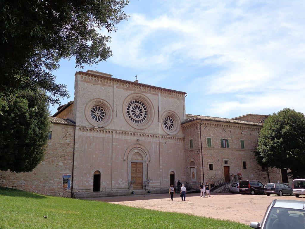 Assisi_ San Pietro